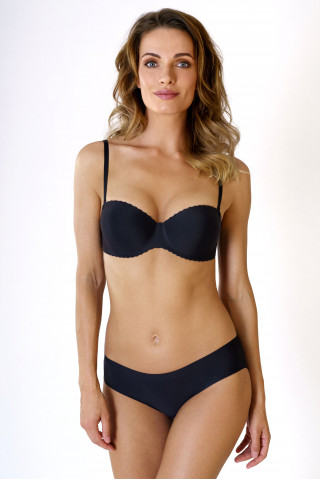 Bra Seamless. Color: black.