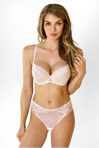 Bra True Romance. Color:  light pink.