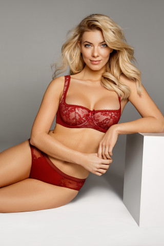 Bra Eliza. Color:  garnet red.